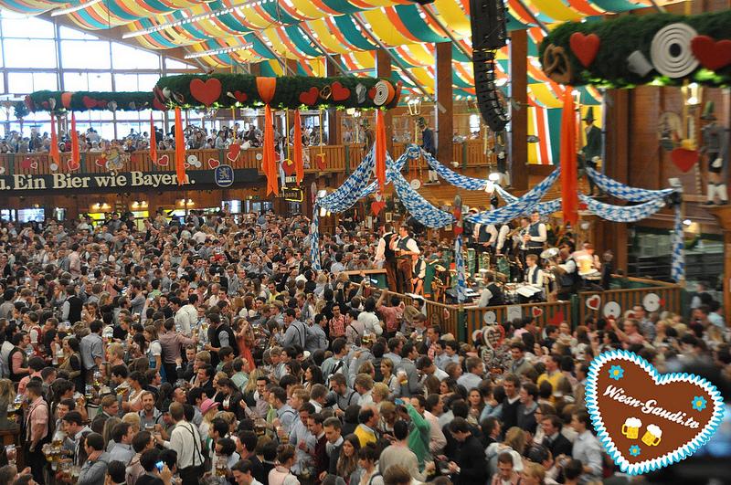 Festzelt Löwenbräu, Oktoberfest 2013
