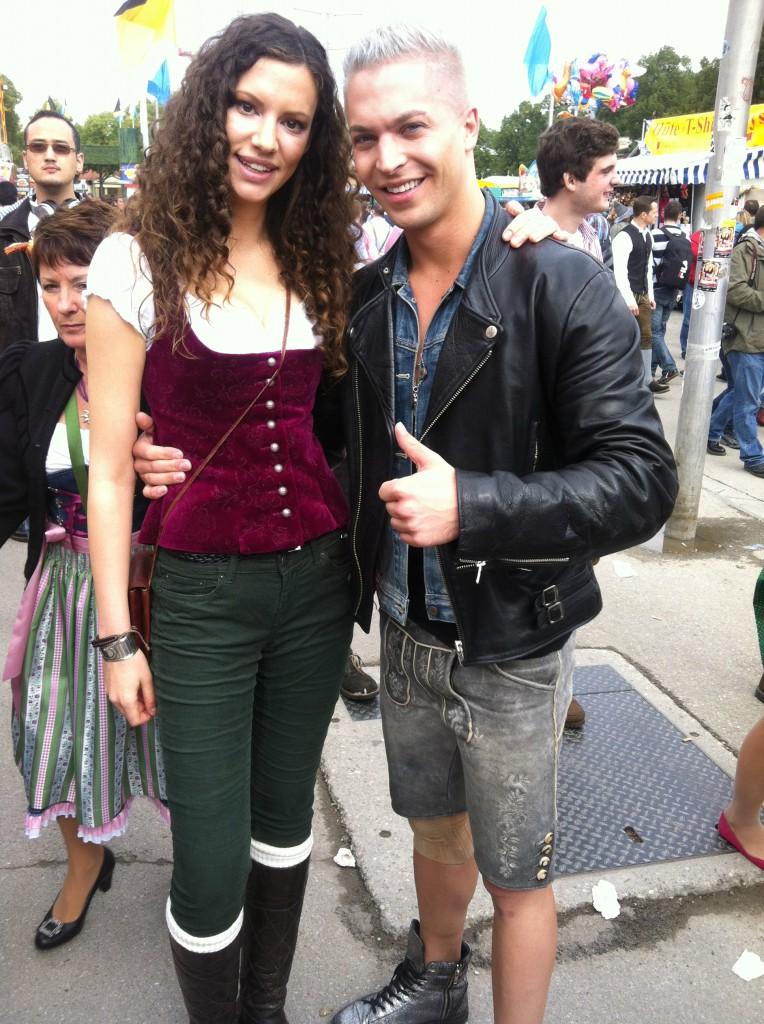 Stanzi mit Sänger Julian von voXXclub